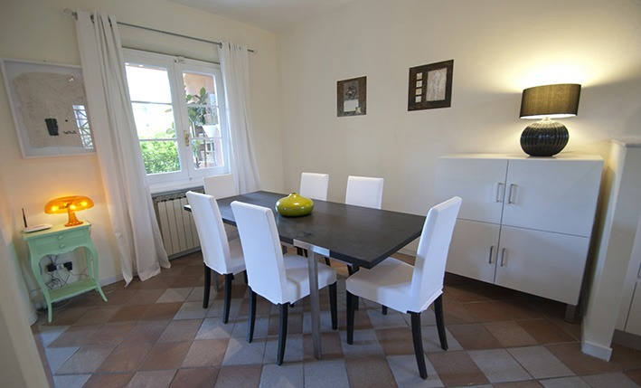 Kitchen table, Villa Angela, one of the villas you can rent from Glesus, Wedding & Travel Services in Italy