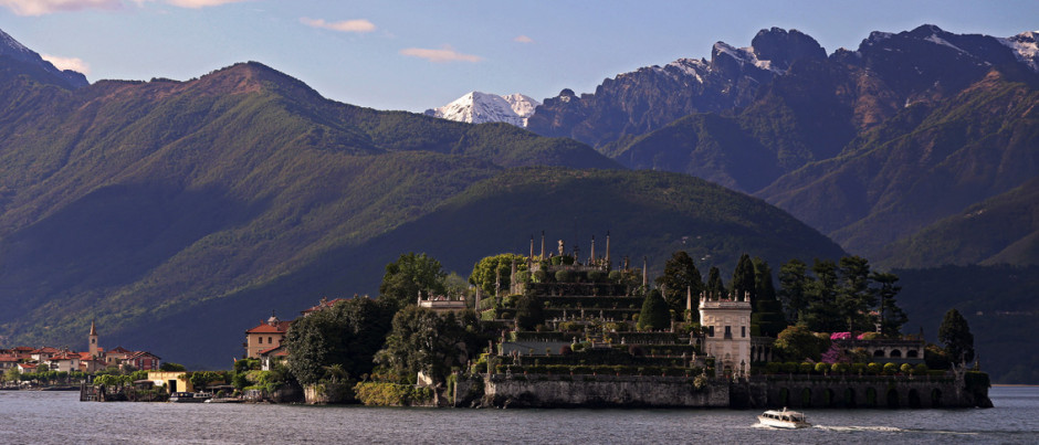Lake Como, one of the travel destination from Glesus, Wedding & Travel Services in Italy